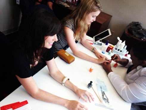 Manicube Will Bring Nail Polish Straight to Your Manhattan Office